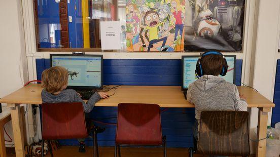 Het computergebruik is wel aan regels gebonden Foto: Ariënne Dozeman/RTV Noord
